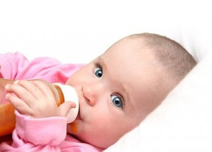 Как начинать давать сок ребенку